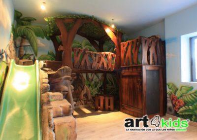 Habitación temática infantil de la selva
